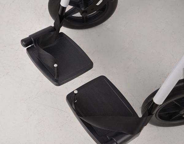 wheelchair footrest
