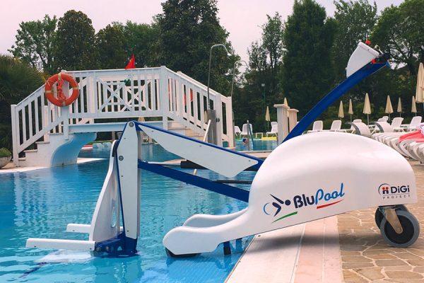 BluePool Portable pool lift Gilani Engineering.